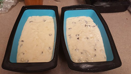 baking in the maxi nature 2 loaf pans