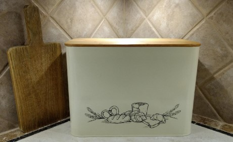cooler kitchen bread box with eco bamboo lid