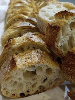 image of levain baguette