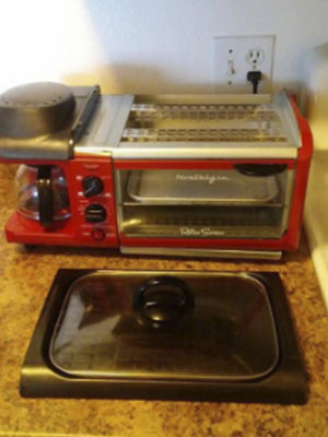 These Are the Best Toasters that Cook Eggs and Bacon 5