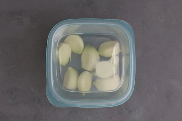 Can You Freeze Garlic? Learn How to Preserve Garlic 7