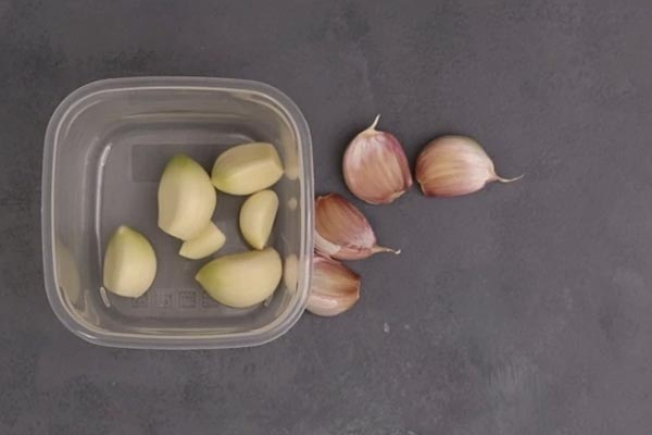 Can You Freeze Garlic? Learn How to Preserve Garlic 6