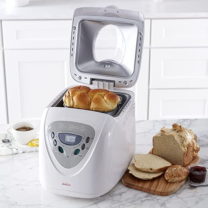 Sunbeam 5891 2-Pound Programmable Bread Maker