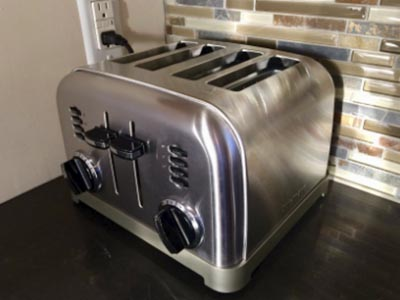 Here Are the Best 4 Slice Toasters You Can Buy 12