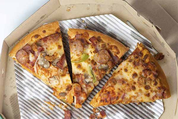 Does Pizza Go Bad Overnight or When Not Refrigerated? 4